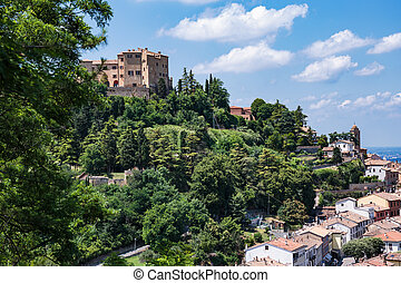 General view of the medieval Italian city