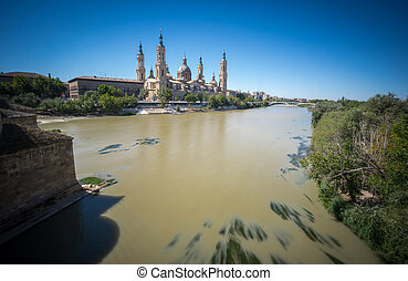 El Pilar basilica by the Ebro River, wide angle - Wide angle...