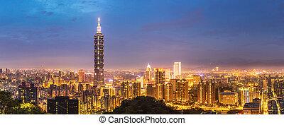 Taipei skyline Panorama - Panorama Taipei skyline Taiwan at...