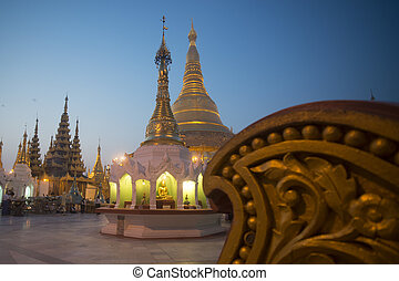 ASIA MYANMAR YANGON SHWEDAGON PAGODA - the architecture in...