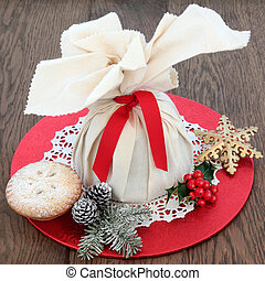 Festive Treats - Christmas mince pies with pudding in a...