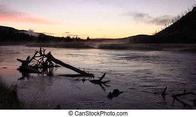 Sunrise on the Madison River Zoom i