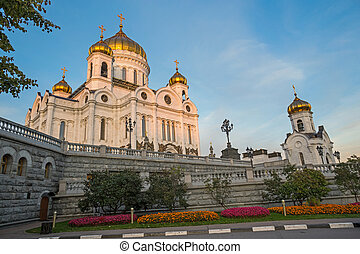 Orthodox Cathedral - MOSCOW, RUSSIA - OKTOBER, 3, 2015:...