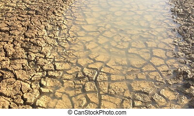Drought Mudcracks or desiccation cracks - Mudcracks or...