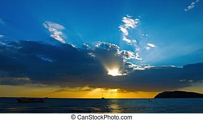 Tropical Sunset Seascape in the Late Afternoon - Video 1080p...