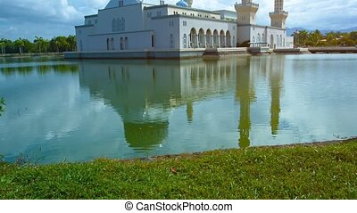 Kota Kinabalu City Mosque Standing over Likas Bay - Kota...