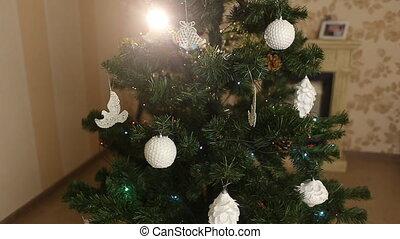 O' Christmas tree - Decored Christmas tree at home