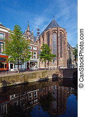 Oude Kerk, Old Church of Delft and Canal