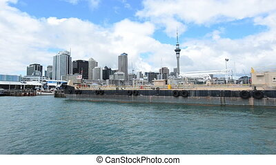 Auckland skyline New Zealand - Auckland skyline from New...