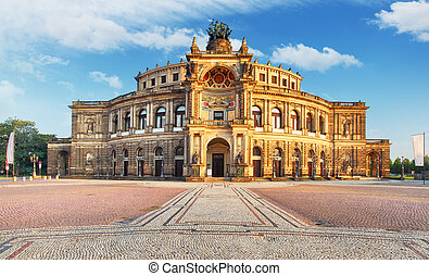 Dresden - Semperoper, Germany
