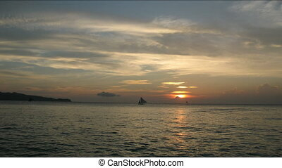 Time lapse of sunset on Barocay island, Philippines -...