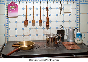 Kitchen of art nouveau - Wood and metal objects in the...