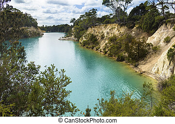 Little Blue Lake in Tasmania (Australia) near Gladstone -...