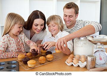 amando, família, comer, seu, Muffins