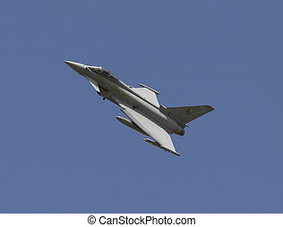 eurofighter typoon - typhoon in circuit for landng