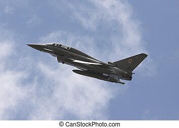 eurofighter typoon - typoon break for landing