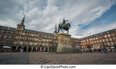 Loopable Time Lapse with blurred tourists in Plaza Mayor, Madrid , Spain