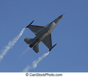 royal netherlands airforce f-16 - f-16 pullup with burners...