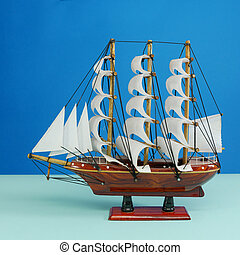 Toy model of sailing vessel (1)