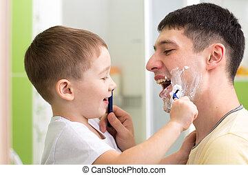 preschooler attempting to shave his dad - preschooler child...