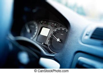 Card dashboard in motion at 60 kmh - Card dashboard in...