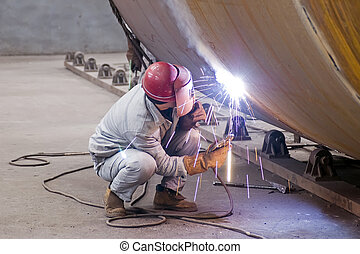 welder - Welders are working