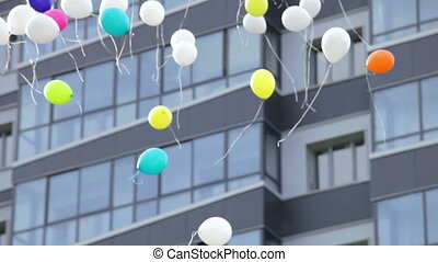 balloons in the sky - balloons flying in the sky