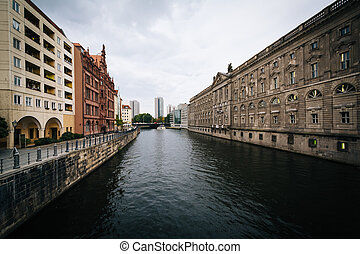 The River Spree, in Mitte, Berlin, Germany