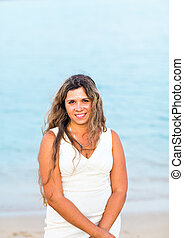 young woman on the beach - Happy young woman on the sunny...