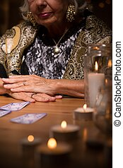 Fortune telling salon - Tarot card reader in fortune telling...