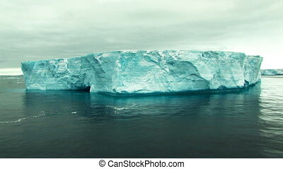 huge tabular iceberg in antarctica