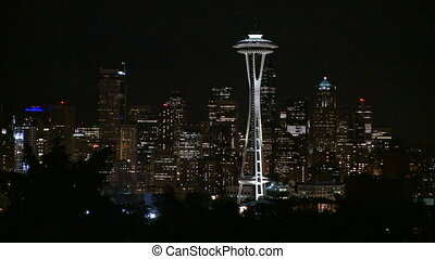 Downtown Seattle evening - Pan up