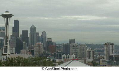 Cloudy Seattle morning - pan (2 of 4)