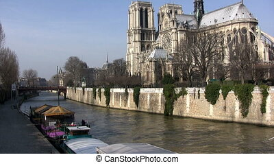Notre Dame, Paris - View in a sunny day