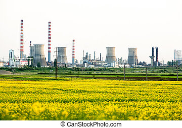 Gas Refinery Ploiesti Romania - Industrial Gas Refinery In...