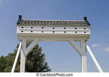 Pigeonhole bridge - Traditional old entrance gate of farm...