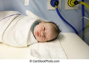 cansado, pero, sano, recién nacido, envuelto, en, Un,...