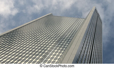 Skyscraper - Time lapse
