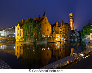 Bruges at night - The dock of Rosary - Rozenhoedkaai - and...