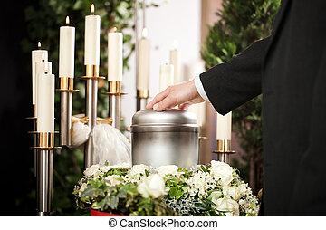 Grief - Funeral and cemetery - Religion, death and dolor -...