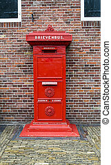 Post box - Cast iron post box
