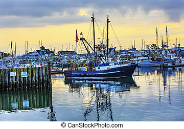 Large Fishing Boat Westport Grays Harbor Washington State -...