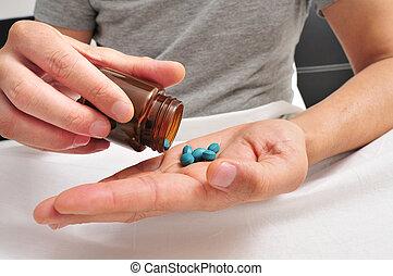 azul, aproximadamente, algum, cama, tomar, pílulas, homem