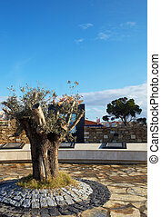 Olive Tree monument - The Olive Tree as a sign of peace,...