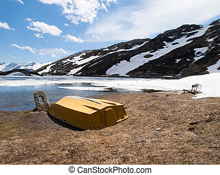 Lake San Bernardino - San Bernardino pass, Switzerland :...