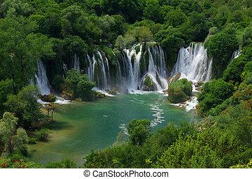 Kravica waterfall 01