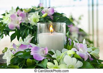 Floral arrangement on the beach. - Floral arrangement at a...