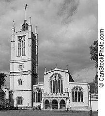 Black and white St Margaret Church in London - St Margaret...
