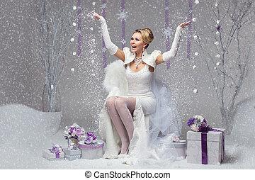 Happy winter bride - Beautiful happy young bride in felted...