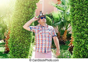 olhar, chapéu, óculos de sol, cima, homem